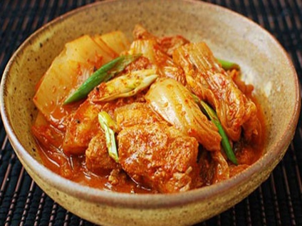 Thịt kho kim chi